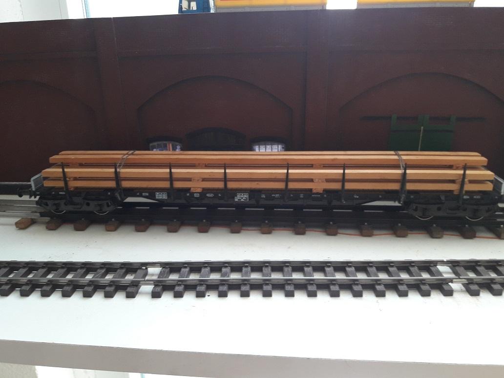 Transformation sur base Lima / Rivarossi pour trains marchandises. 20171101_143944
