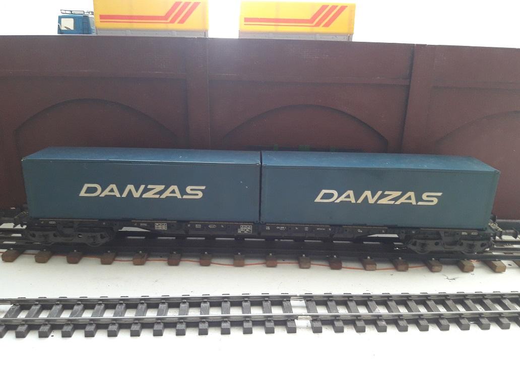 Transformation sur base Lima / Rivarossi pour trains marchandises. 20171101_144036