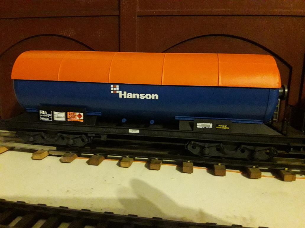 Transformation sur base Lima / Rivarossi pour trains marchandises. 20171101_191328