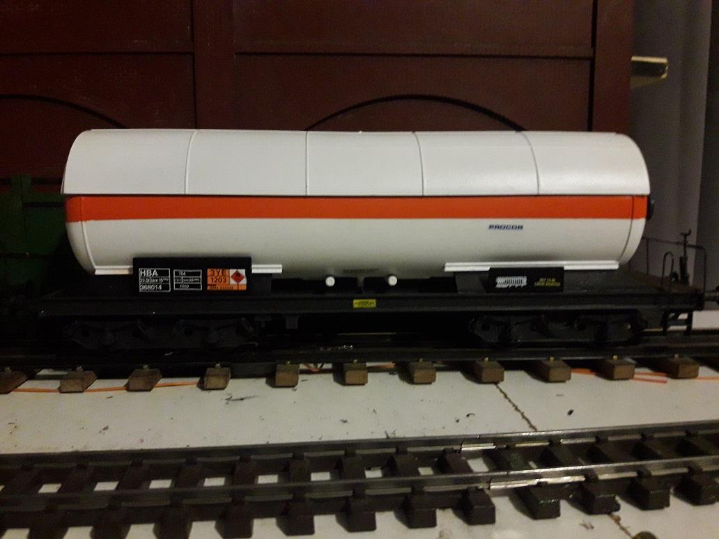 Transformation sur base Lima / Rivarossi pour trains marchandises. 20171101_201252